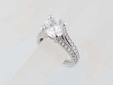 Modern A. Jaffe Split Shank Pave Diamond Ring Mounting MES017 For 1.50 Carat Round in 18K White Gold