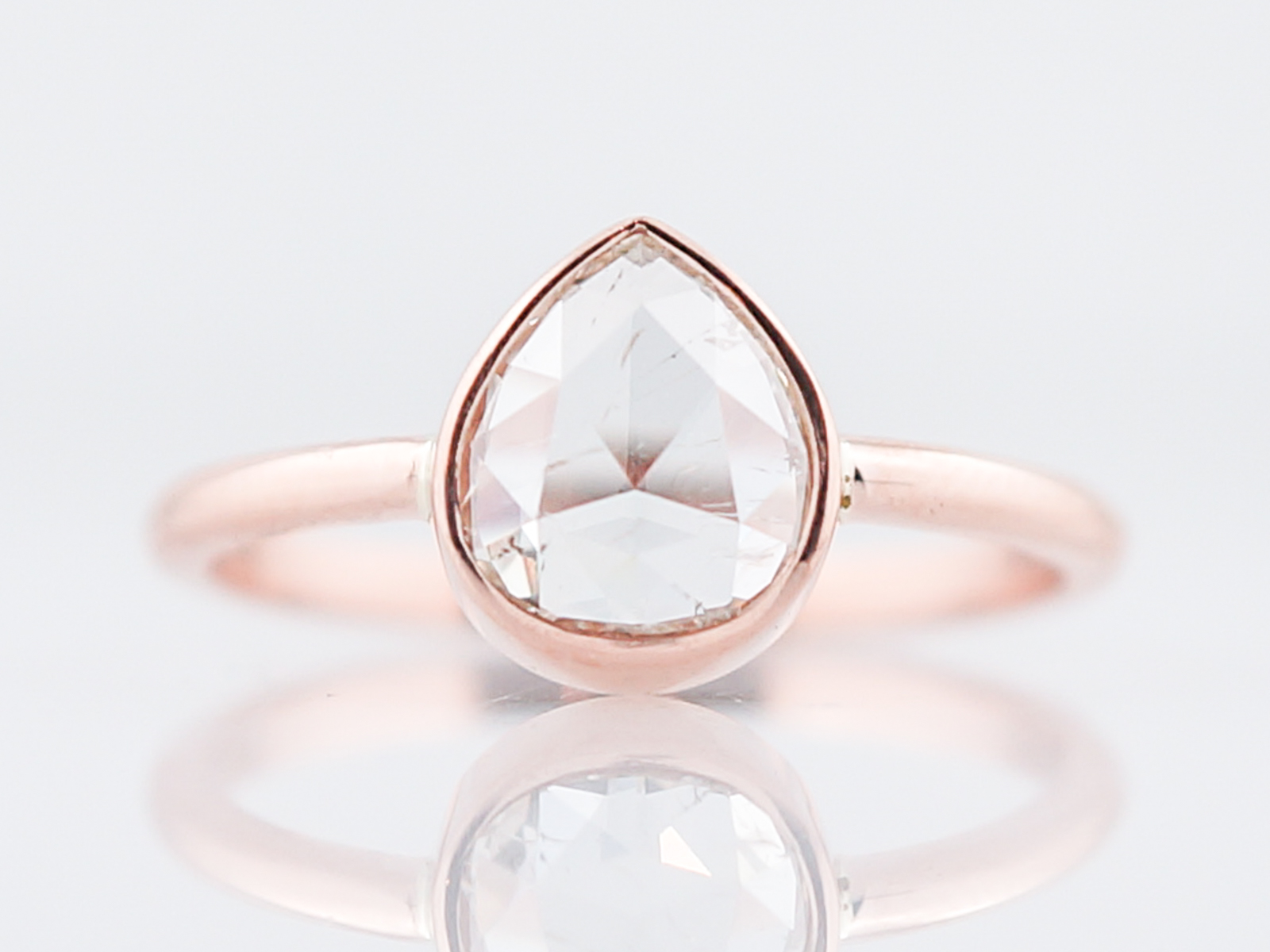 cut kwon diamond jennie equilibrium products ring engagement three rose rc rings designs