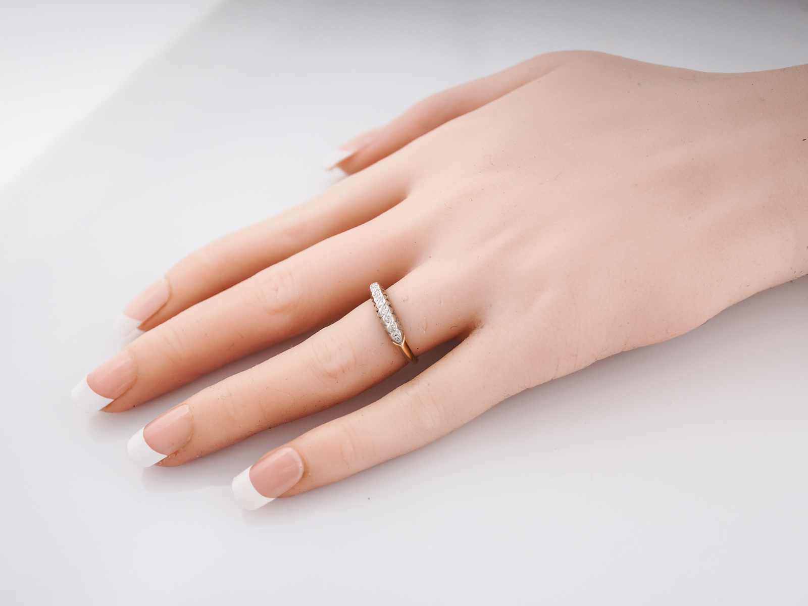 Vintage Wedding Band Retro .03 Single Cut in 14k White and Yellow Gold