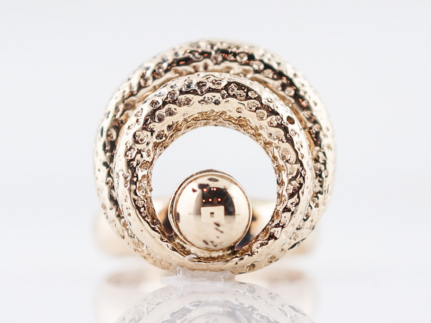Vintage Spinning Right Hand Ring Retro in 14k Yellow Gold-94