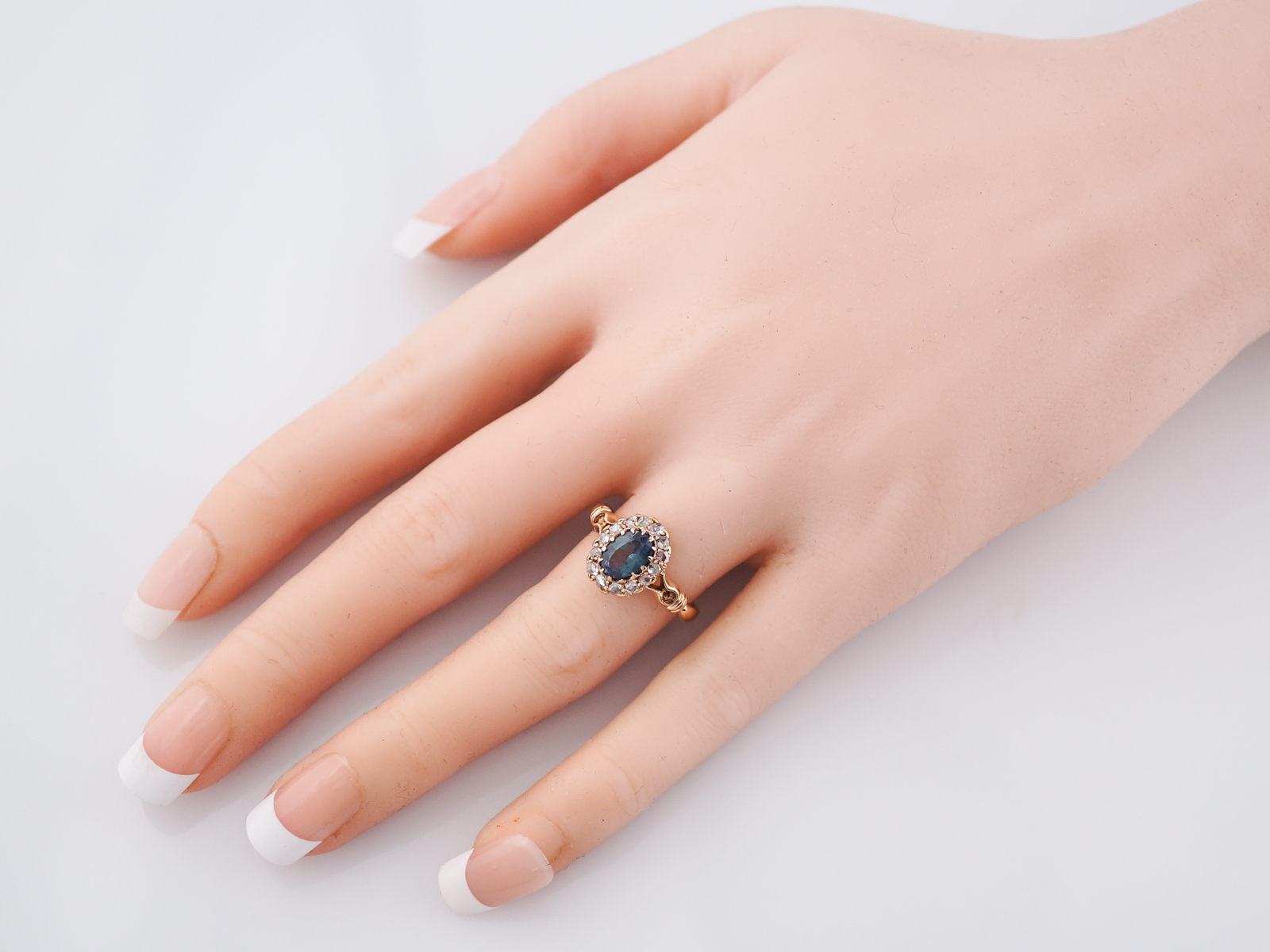Antique Right Hand Ring Victorian .93 GIA Oval Cut Natural Color ...
