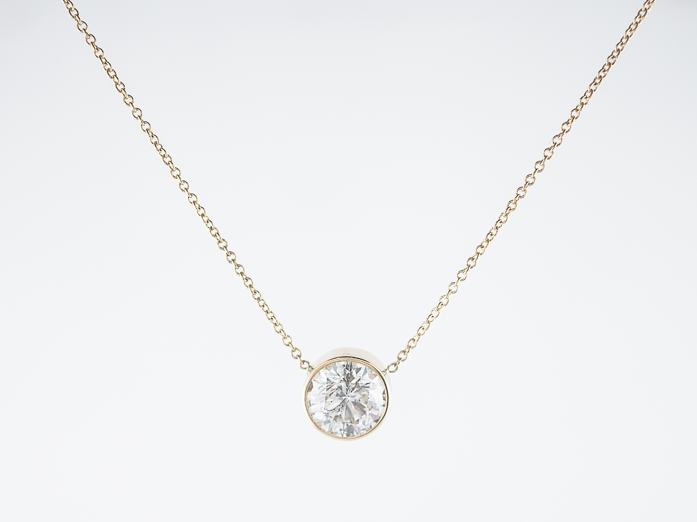 necklaces cluster necklace in diamond i twt station white gold ct brilliant h round d
