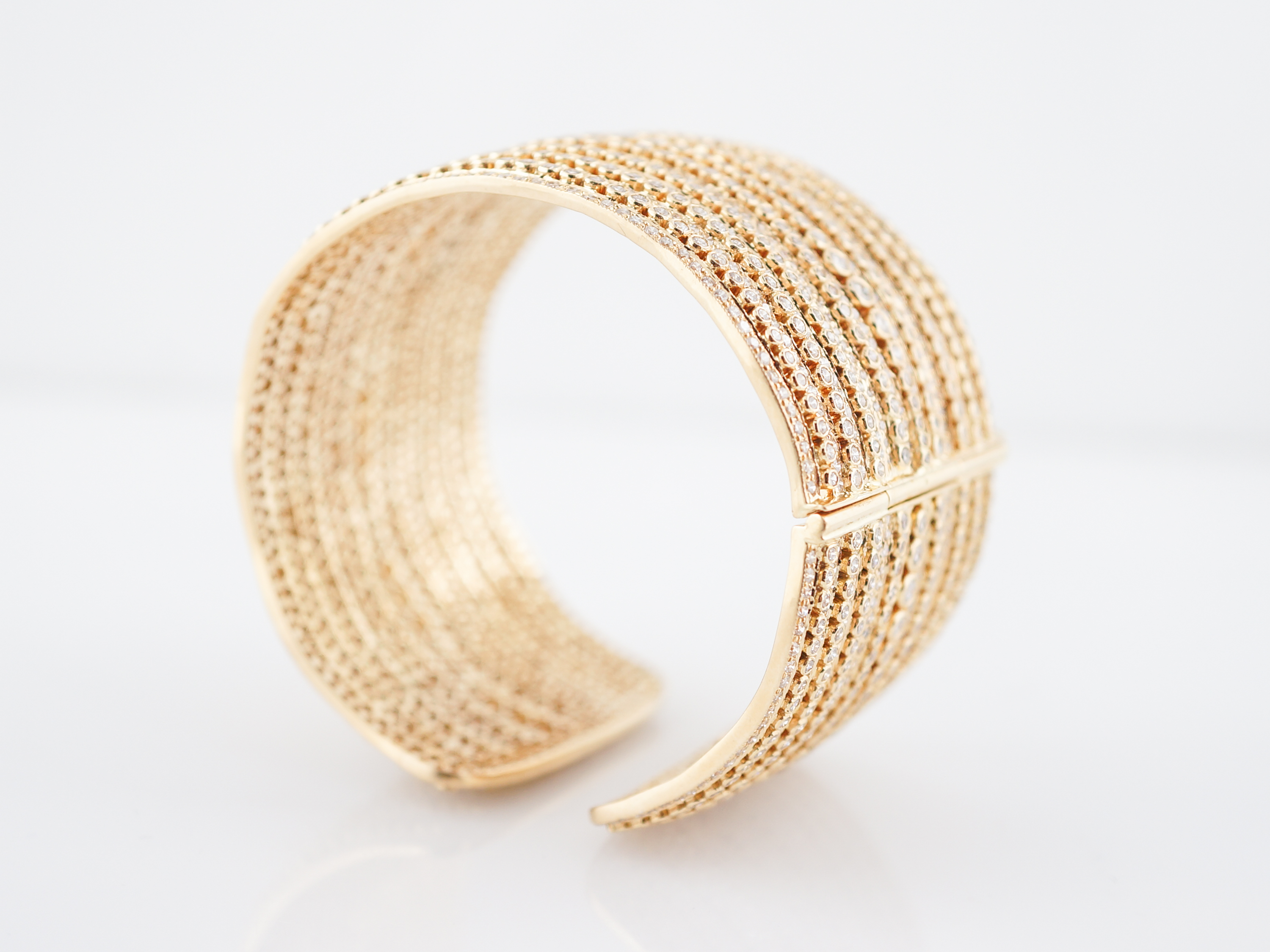 bangle aluminum anticlastic s inch johnsbrana bangles tapered brana john gold bracelet brushed products