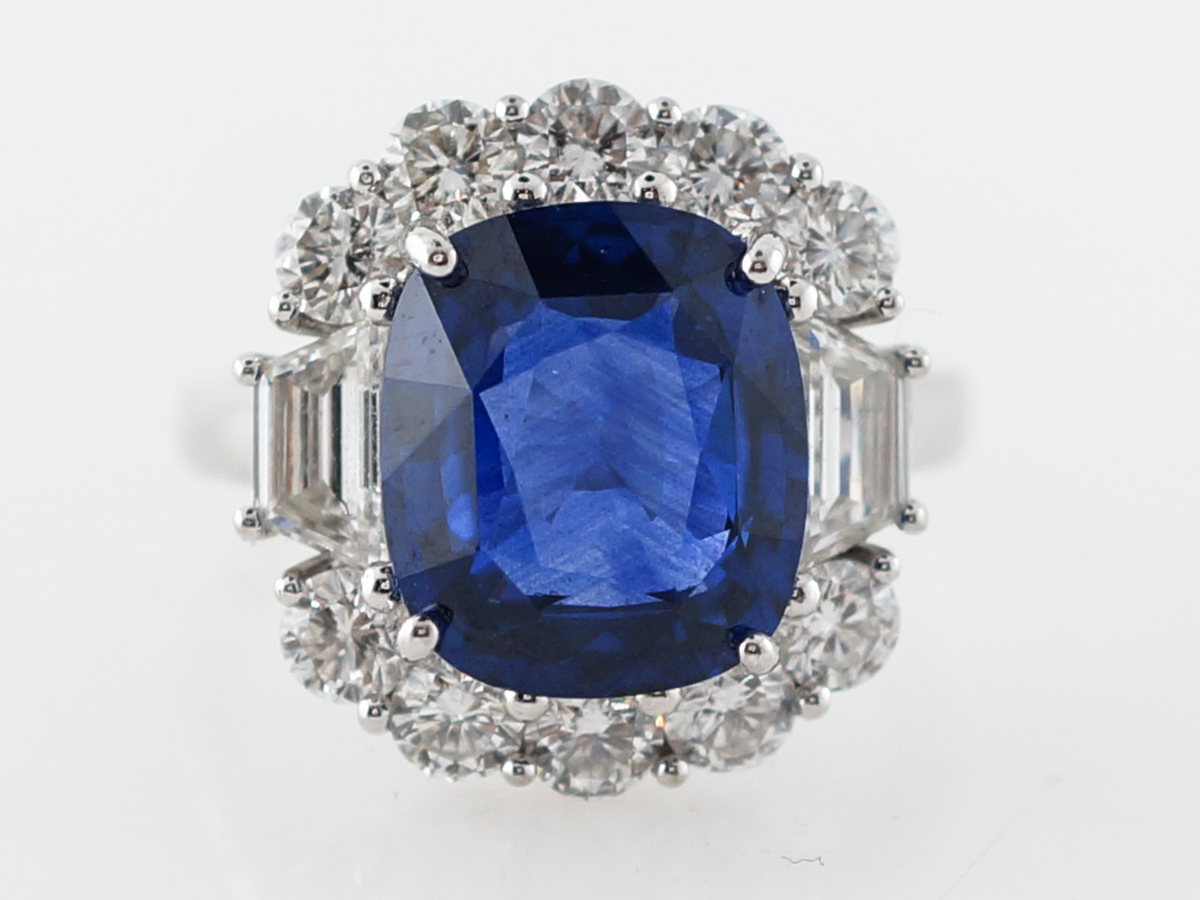 Sapphire Cocktail Ring Modern 5.40 Cushion Cut in Platinum