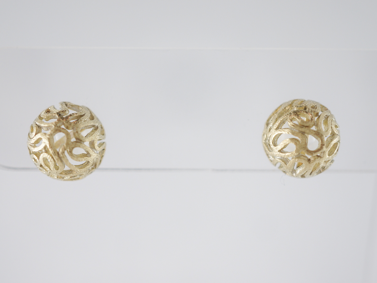 Vintage Earrings Mid-Century in 18k Yellow Gold