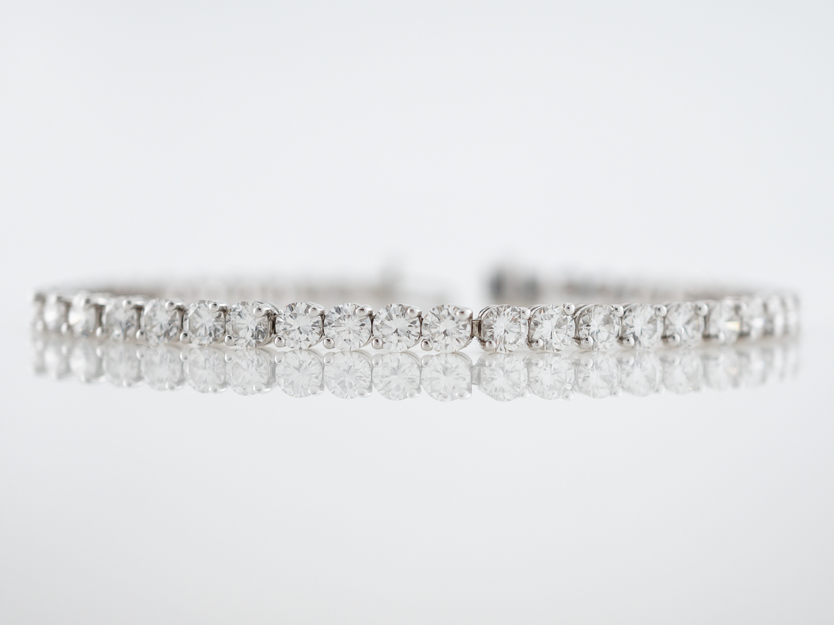 Bracelet Modern 8.18 Round Brilliant Cut Diamonds in 18k White Gold