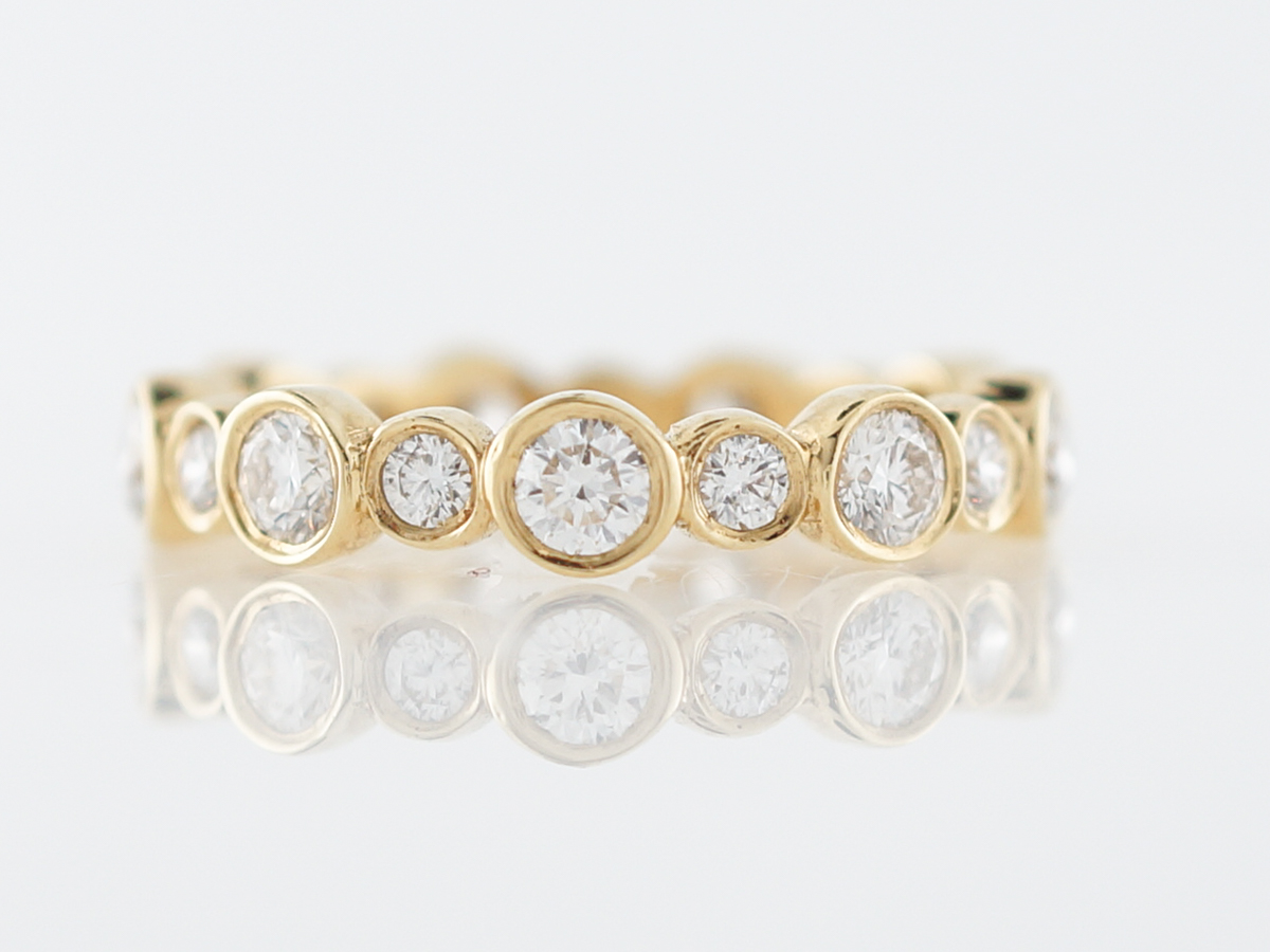 Right Hand Ring Modern 1.29 Round Brilliant Cut Diamonds in 18k Yellow Gold