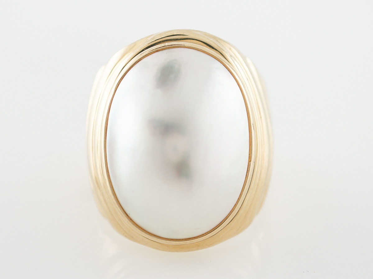 Cocktail Ring Modern Cabochon Cut Pearl in 14k Yellow Gold