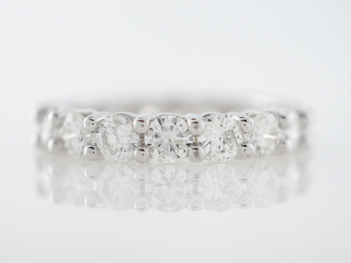 Eternity Band Modern 3.06 Round Brilliant Cut Diamonds in 14k White Gold