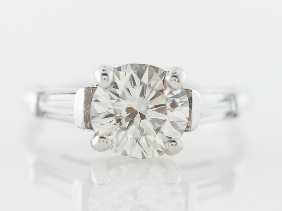 Late Art Deco Diamond Engagement Ring in White Gold