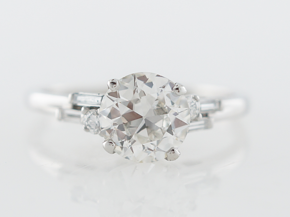 Vintage Deco Diamond Engagement Ring in Platinum