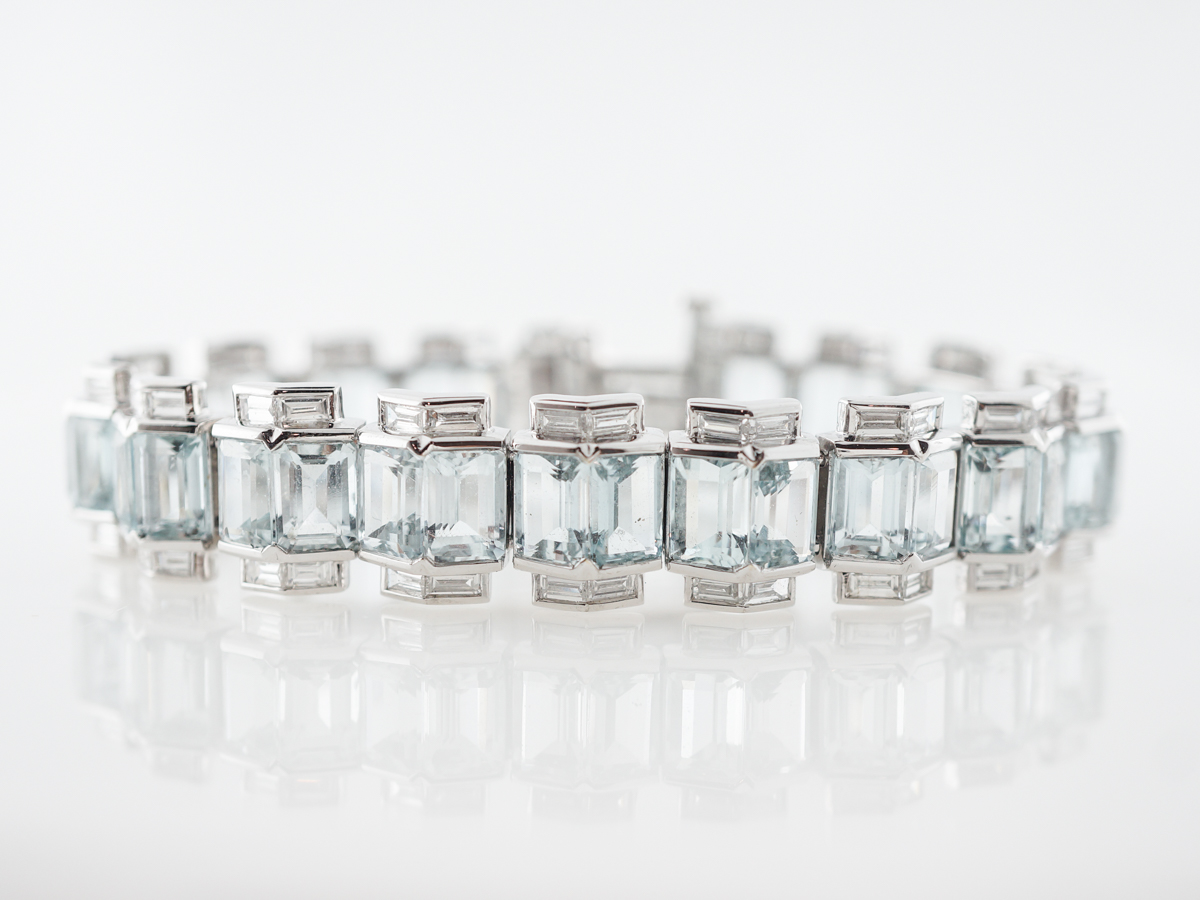 Aquamarine & Diamond Bracelet in 18k White Gold