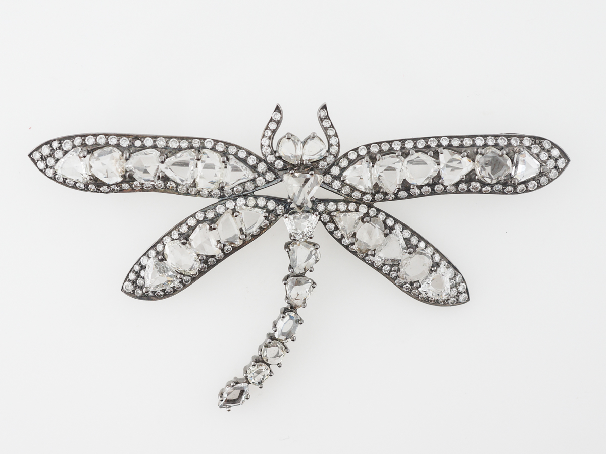 Dragonfly Brooch w/ Diamonds in 18k White Gold