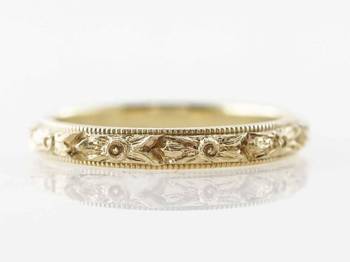 1920's Art Deco Engraved Wedding Band in 18k Yellow Gold