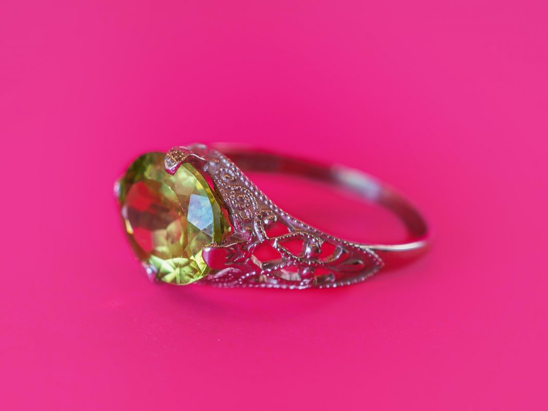 Antique Right Hand Ring Edwardian 2.20 Oval Cut Peridot in 14K White Gold