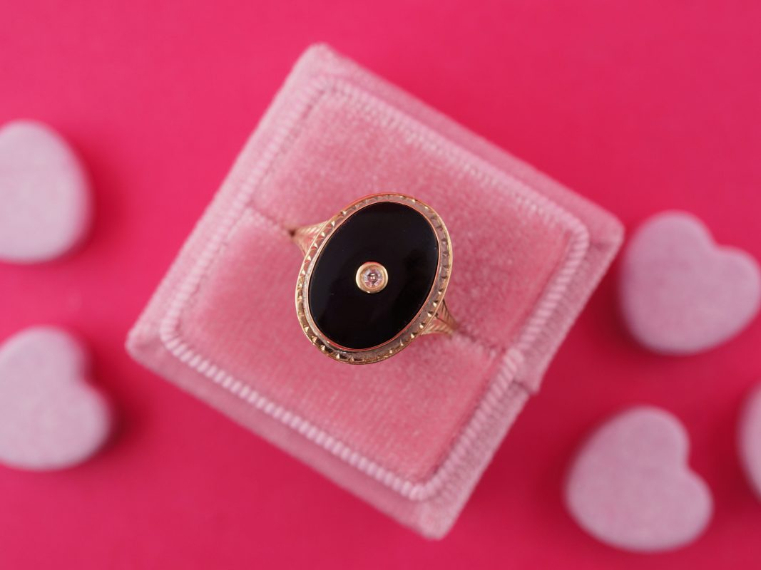Vintage Art Deco Onyx & Diamond Ring in Yellow Gold