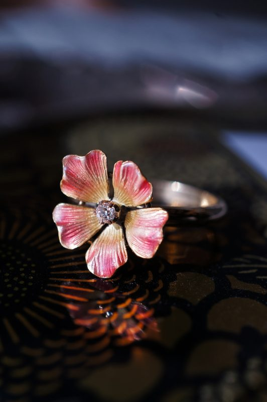 Antique Victorian Flower Ring in 14k Yellow Gold