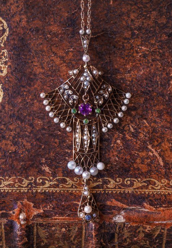 Vintage Art Nouveau Necklace w/ Amethyst & Seed Pearls in Rose Gold