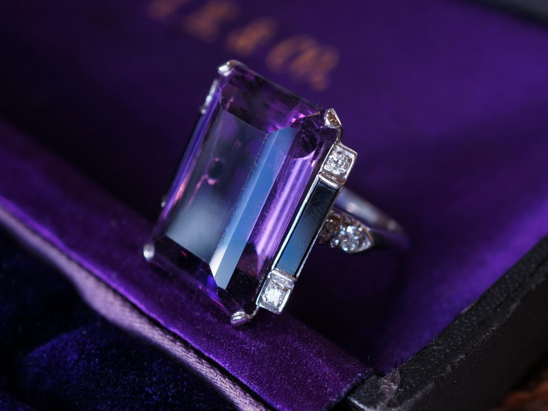 Vintage Right Hand Ring Art Deco 24.30 Emerald Cut Amethyst & Onyx in Platinum