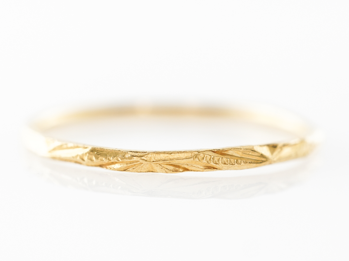 Antique Yellow Gold Engraved Wedding Band in 20k